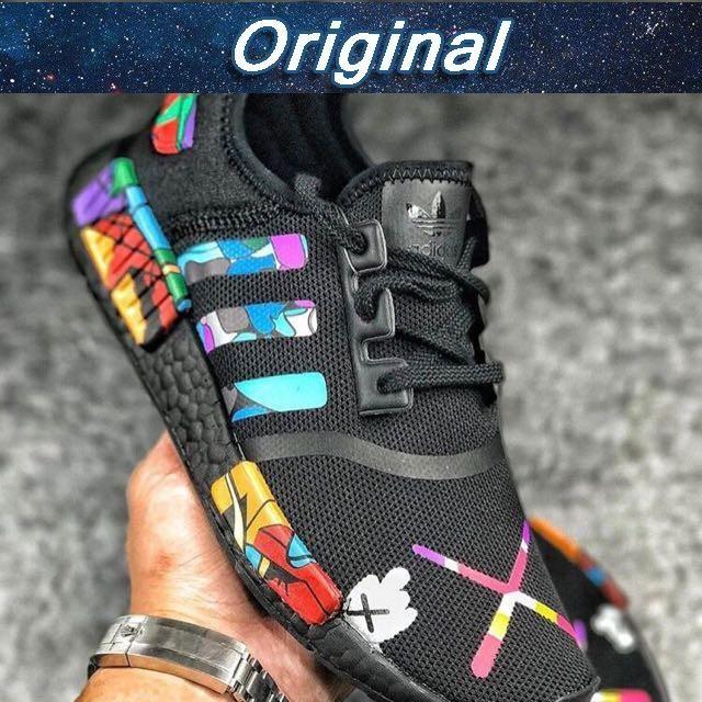 8314159e5dbfa Sepatu Model Adidas NMD R1 X KAWS Warna Hitam Premium High Premium As