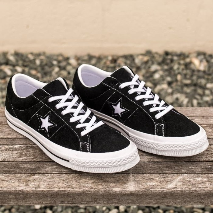 8557bc8dad7e Jual Sepatu Converse One Star Ox Premium Suede Black White Original ...