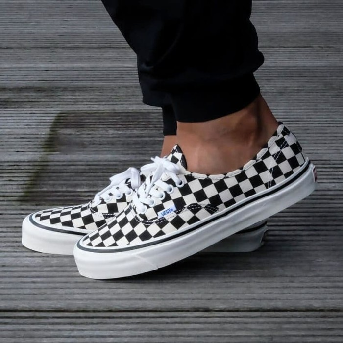 bb5dc00c51a9 Jual Vans Authentic 44 DX Anaheim Factory Checkerboard Black White ...