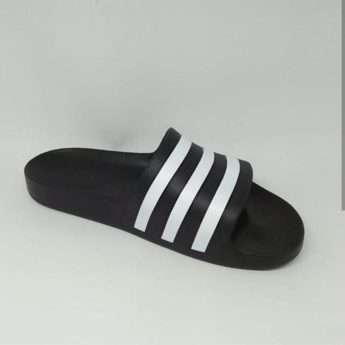 Foto Produk sandal adidas adilette aqua original made in vietnam dari BIRUL MALAYASTORE
