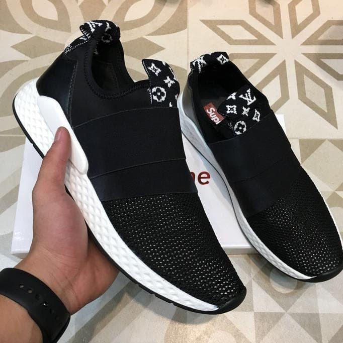 Jual Jual sepatu sneakers pria import branded murah black su preme ... 2bfa117b53