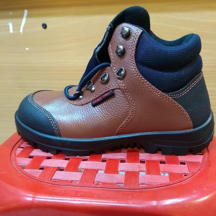 Sepatu Safety 5101CB Cheetah   Sepatu Cheetah   5101 CB   Cheetah 9d09ed4a05