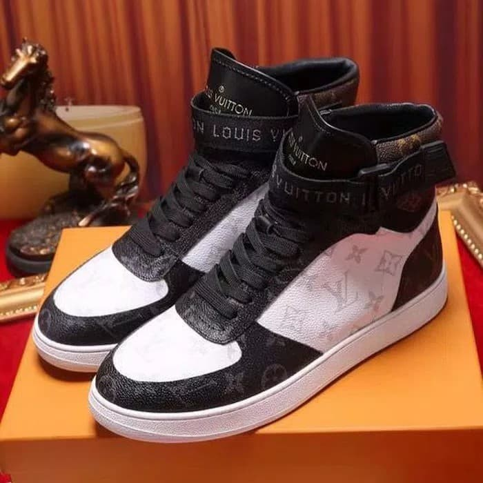 Jual sepatu sneaker sneakers LV louis