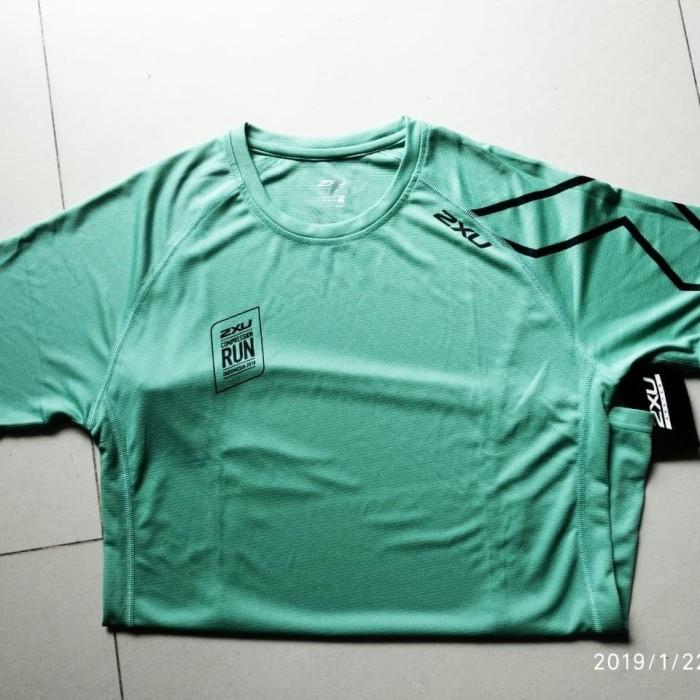 harga Jersey kaos lari 2xu size xsmall new Tokopedia.com