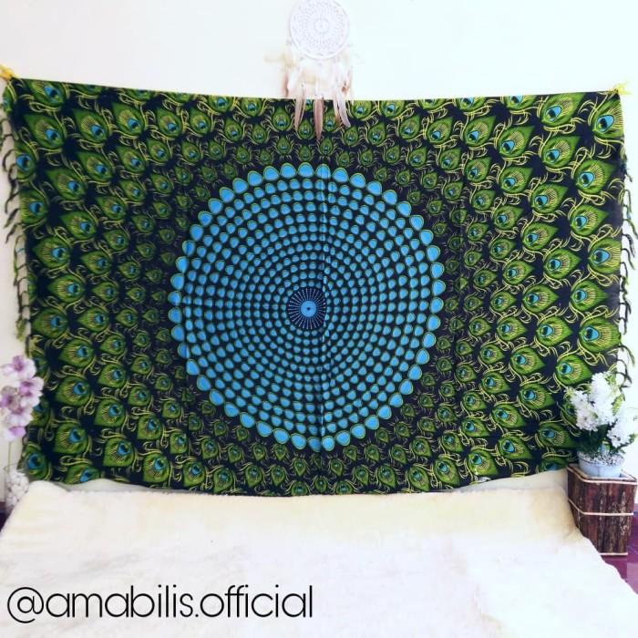 harga Mandala tapestry teratai bulu merak orange kain pantai sarung bali Tokopedia.com
