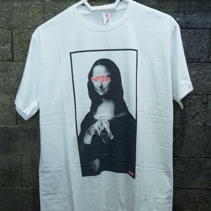 """Foto Produk T-Shirt """"Nona"""" dari Hunting Pasar Store"""