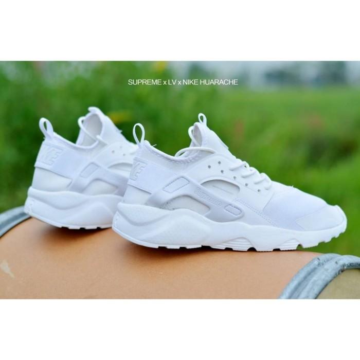 Nike air Huarache x Supreme Sepatu Sneakers Sport Wanita Murah 8 warna -  Putih Silver e9d1a19917