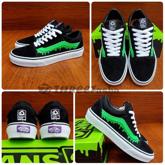 954cdf7a6fb95a Jual sepatu Vans old skool misfits black green - old skool megical ...