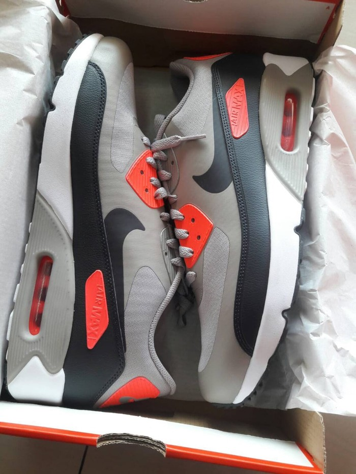 quality design 7f1a2 6fb6a Jual Nike Air Max 90 Ultra 2.0 Essential - Kota Banjarmasin - fissamawat  shop | Tokopedia