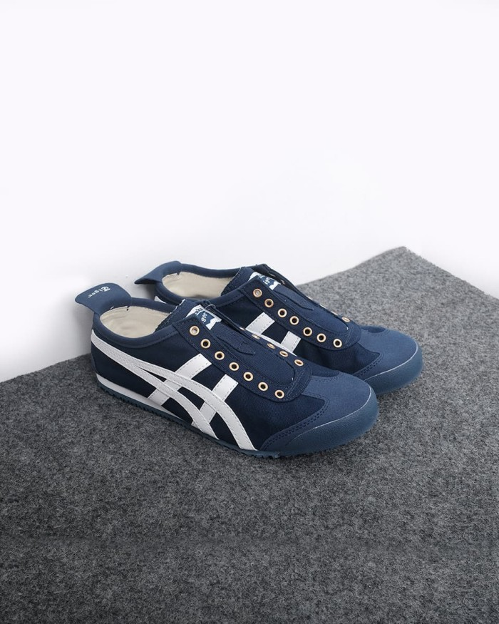 sneakers for cheap cdfe5 c66e1 Jual Onitsuka Tiger Mexico Slip On - Navy - Navy, 39 - DKI Jakarta -  Chameleon Sneakers | Tokopedia
