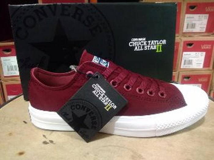 82f1a1f5720b Jual Sepatu Converse All Star Chuck Taylor CT 2 Lunarlon Maroon Low ...