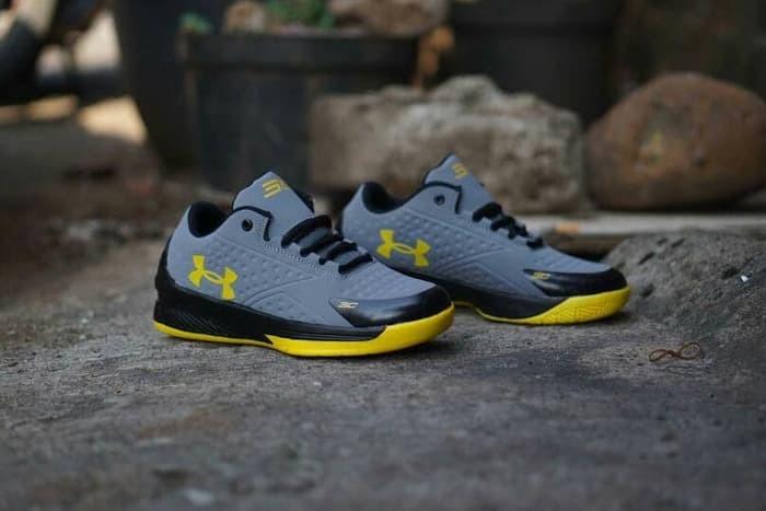 Jual Sepatu Under Armour Basket Pria Casual Running Lari ... 5083fea6fd