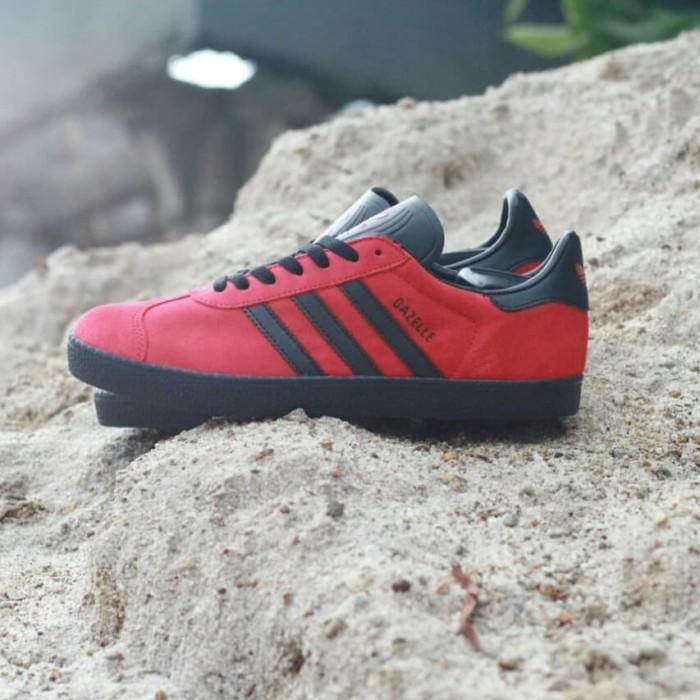 Jual Sepatu Adidas Gazelle II Original Red List Black Sol Black ... 8328e6b370