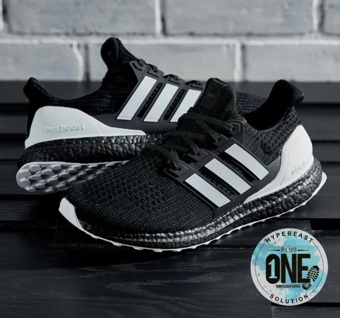 02fbd6b6f2f ADIDAS ULTRABOOST 4.0 Orca UNAUTHORIZED   Sepatu Adidas  Sneakers Pria -  Hitam