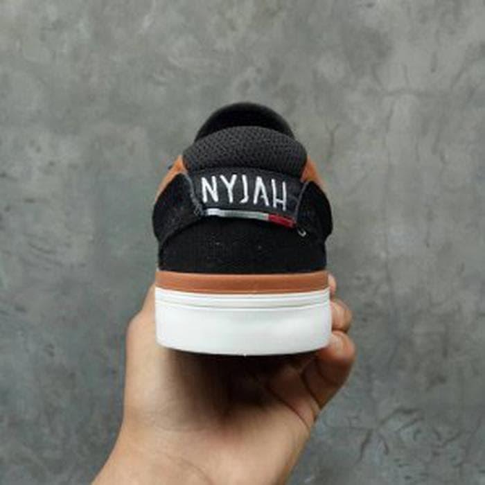 Jual Sepatu DC NYJAH Vulc Black Brown BNIB Original - ozilstore885 ... 678e3a5e0a