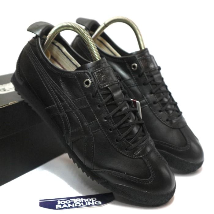 brand new 35c24 83cf0 Jual Onitsuka Tiger Mexico 66 SD Super deluxe Triple Full Black UA BNIB -  Kota Bandung - FTS Sneakers | Tokopedia