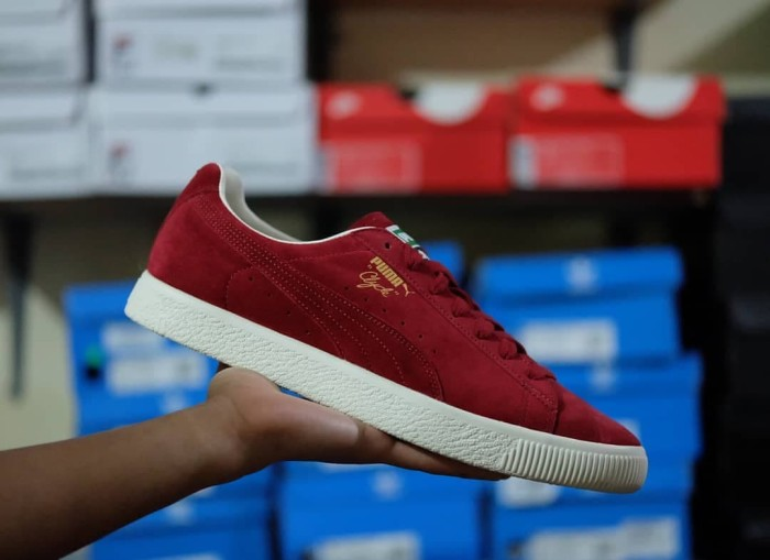 huge selection of 49a40 f8874 Jual Puma Clyde From The Archive Red Dahlia - Kota Semarang - Triplet Kicks  | Tokopedia