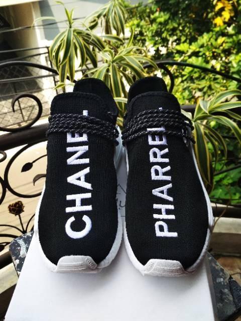 ea760cc25de38 Jual sepatu sport Adidas NMD Human Race Pharrell x Chanel High Black ...