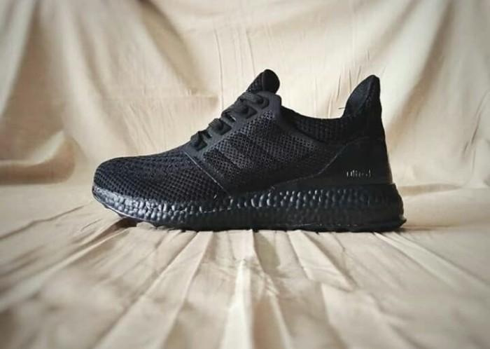 Sepatu Keren Adidas Ultra Boost Black