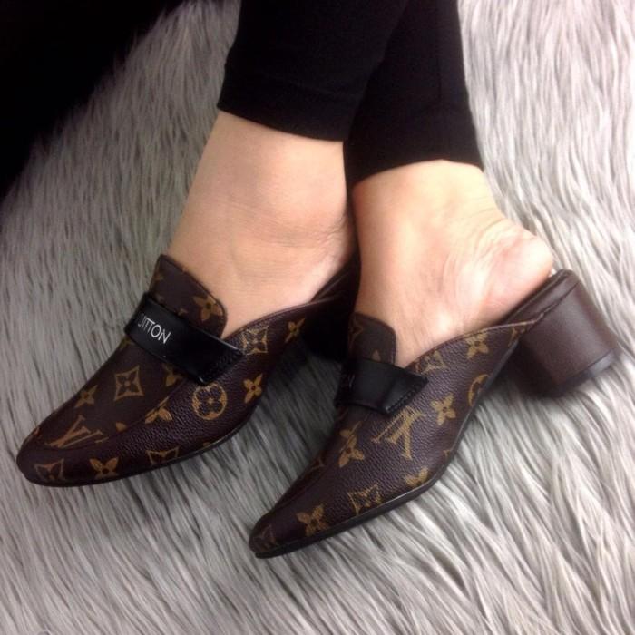 e95ceb1dbf5 loafers wanita sepatu pantofel semi formal selop LV louis vuitton slip