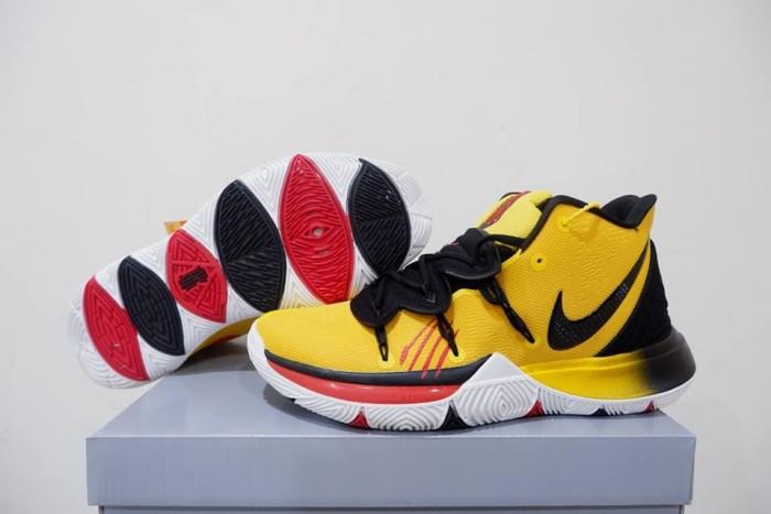 huge selection of 6a7f9 6f673 Jual Sepatu Basket Kyrie 5 Bruce Lee Termurah Berkualitas - DKI Jakarta -  TokoBasket | Tokopedia