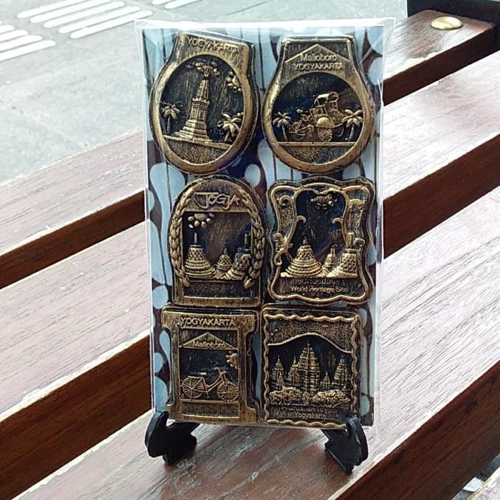 Foto Produk Magnet Kulkas Mini Wisata Jogja Jateng dari RAFANIA SOUVENIR JOGJA