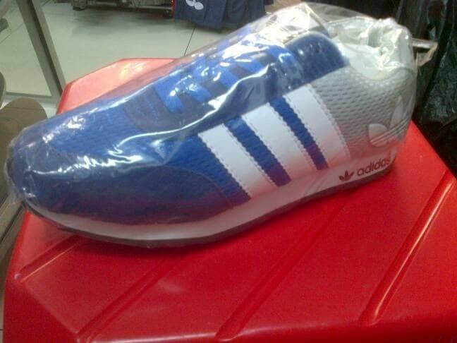 Jual Sepatu Pria Wanita Anak Sekolah Adidas V Racer Grade Ori ... 5b5c6a6f51