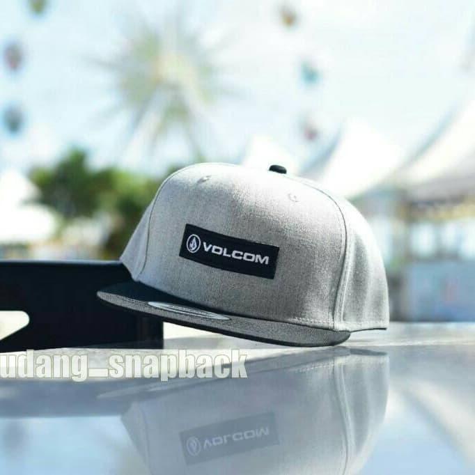 Jual topi original import   snapback volcom original import   hat ... 4d76d77d7ab