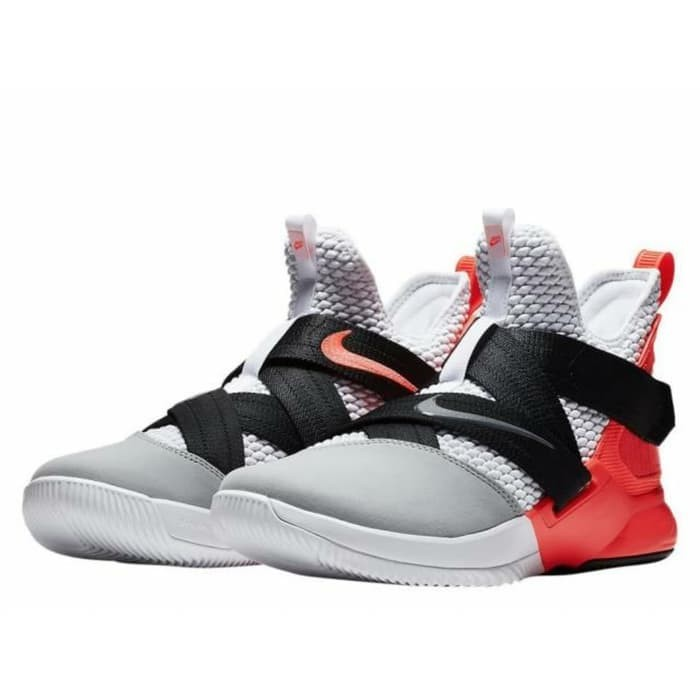quality design 1ab03 34496 Jual Sepatu Basket NIKE LeBron James Soldier 12 AO4054 102 Murah Original -  DKI Jakarta - MINNIE PUPPIES | Tokopedia