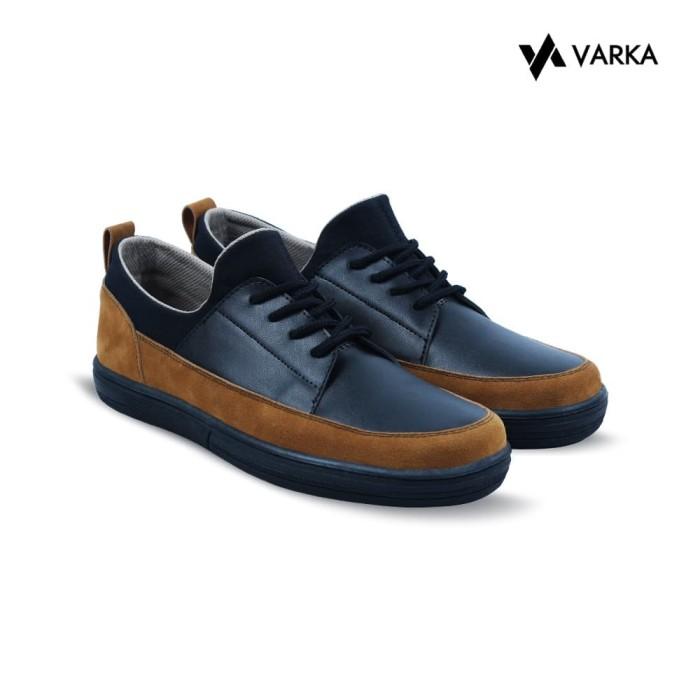 Foto Produk Sepatu Slip On Pria V 148 Sepatu Kasual Cowok original hertz Murah - Hitam, 39 dari Distro Bandung.Inc