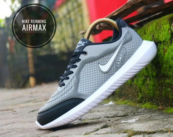 Jual Paling Laku Sepatu Nike Running Airmax Terlaris Cowok Cewek ... c95e50eea9