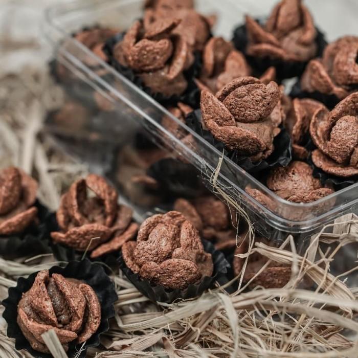 Jual Kue Kering Coco Crunch Cookies Toples 250gr Jakarta Selatan Empty Rooms Tokopedia