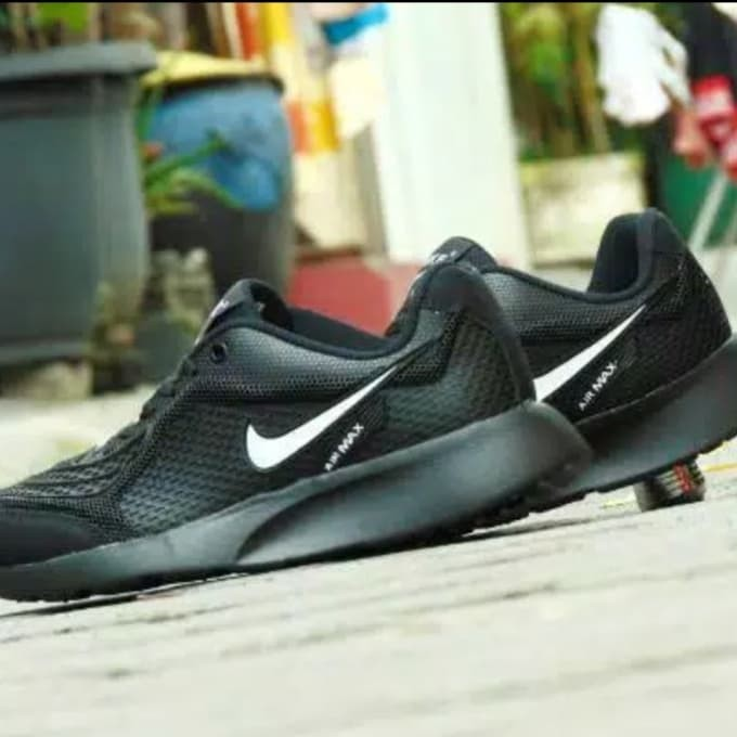 sepatu sekolah hitam polos nike airmax logo putih polos model sport - logo  putih fc47647482