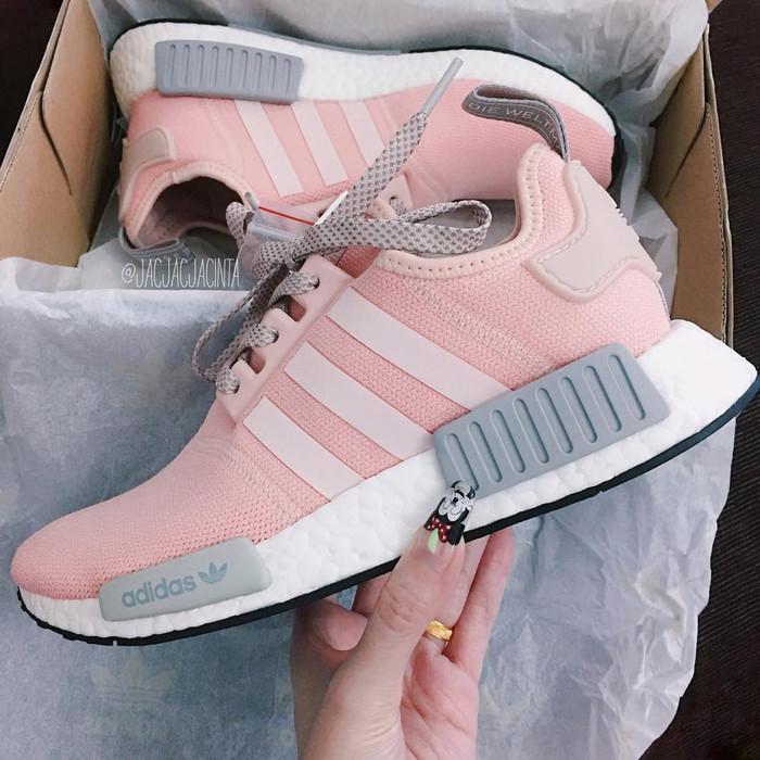029d07a7a Jual Adidas NMD R1 Vapour Pink Grey Sneakers Wanita Sepatu Olahraga ...