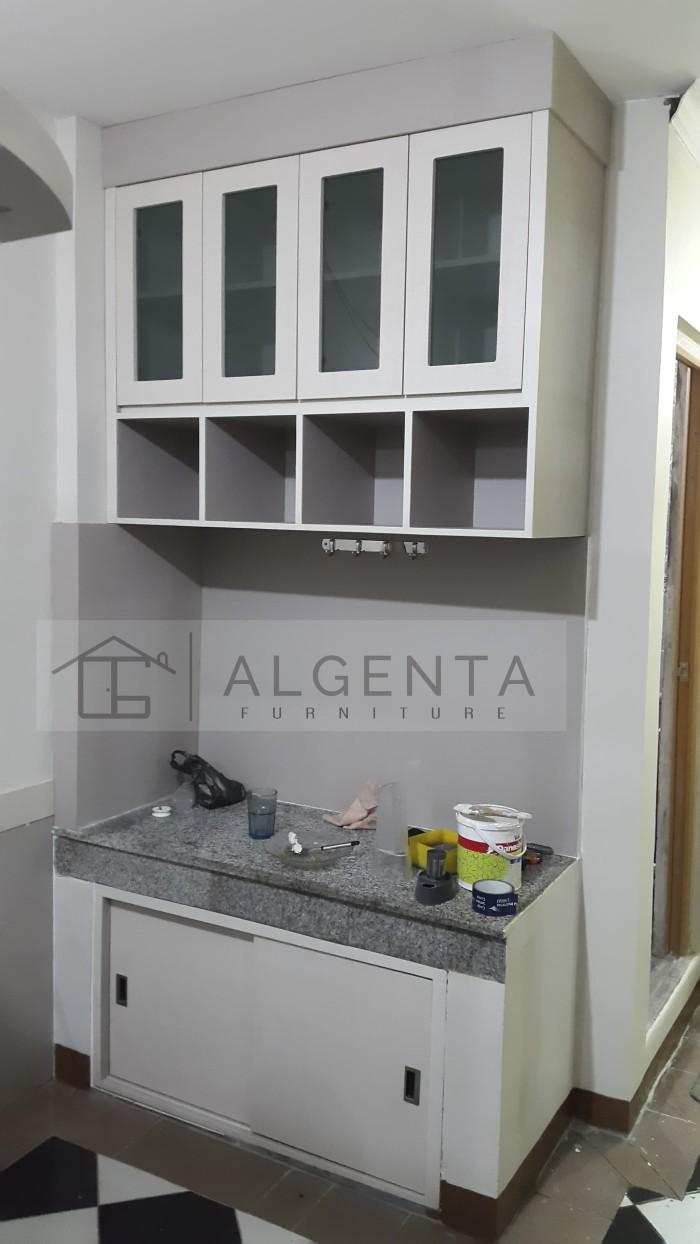 Kitchen set cabinet dan mini bar