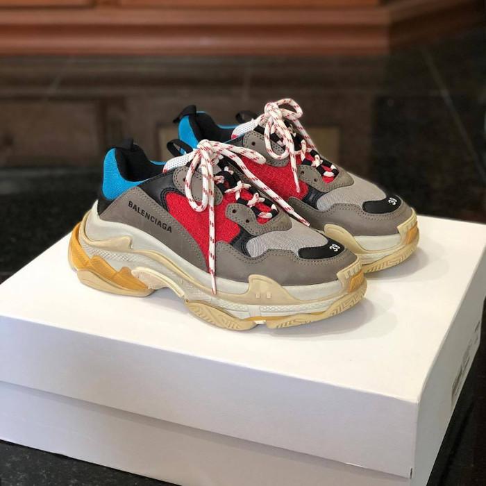 Jual Sepatu Sneakers Balenciaga Triple S Premium Original