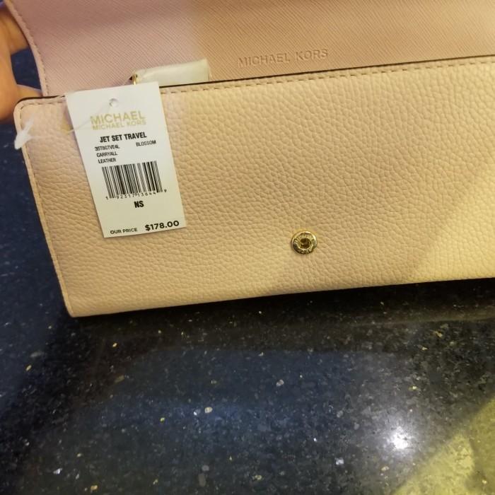 315cc43ccb8248 Jual Dompet wanita Michael kors wallet carryall Blossom. - Kab ...