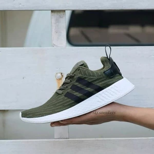 watch 330e3 7f914 ADIDAS NMD R2 OLIVE GREEN