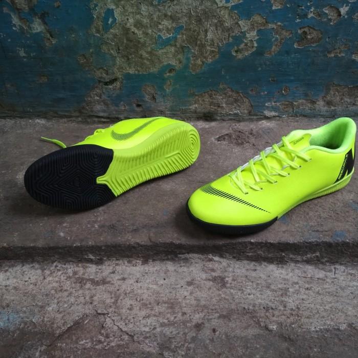 Sepatu Futsal Nike Mercurial Vapor Fury Xll Academy IC - Volt Black GO -  1a31136100