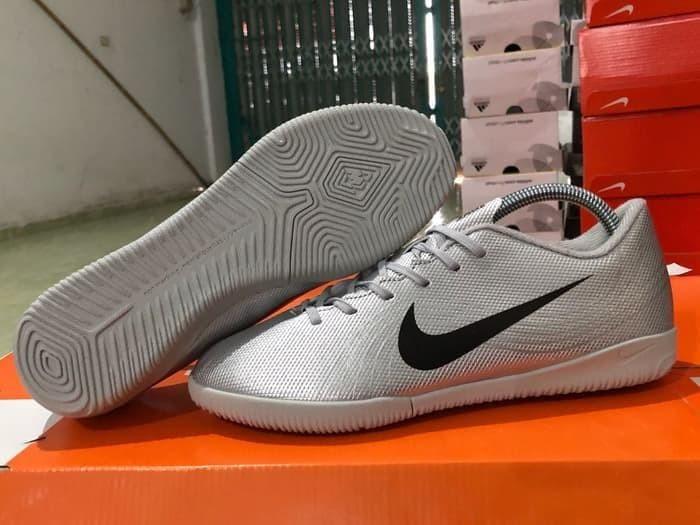 Jual Sepatu Futsal Nike Mercurial Vapor Xii Heritage Ic Silver
