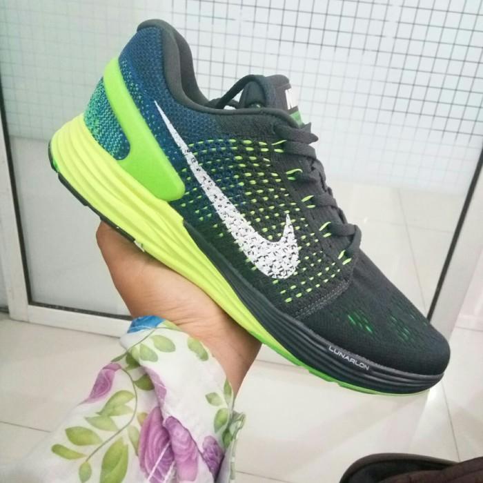 separation shoes 8e5a7 2dc6c Sepatu Nike Lunarglide 7  Sepatu Cowok