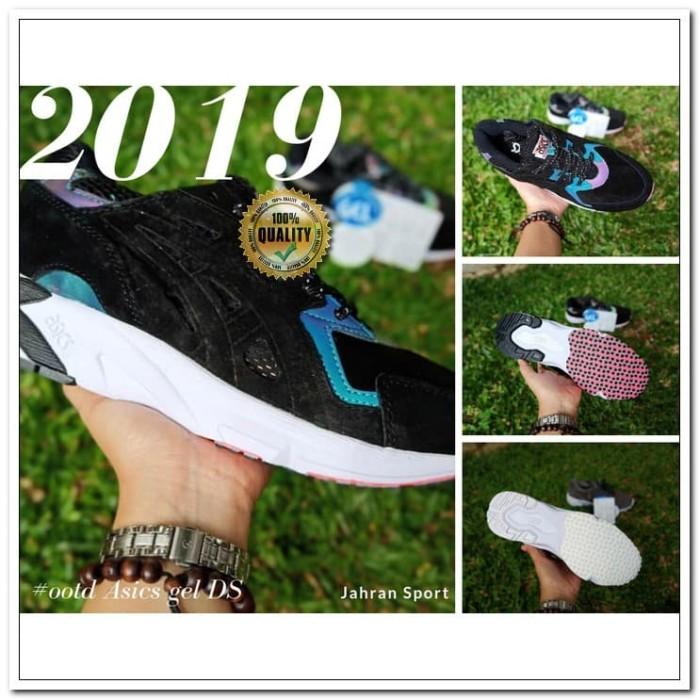 Sepatu Asics gel DS trainer   Sepatu Olahraga   Warna Hitam Biru. Toko  dalam status moderasi fcfa9276b5