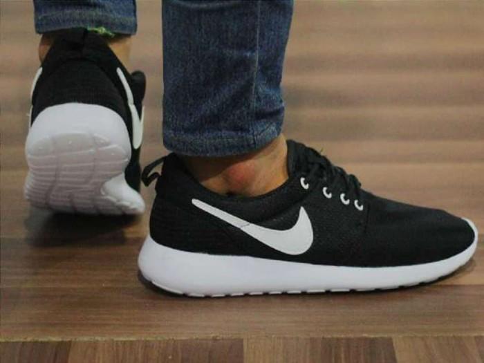 c3356220dc1c6 Jual Nike Rosherun BW - yahya792