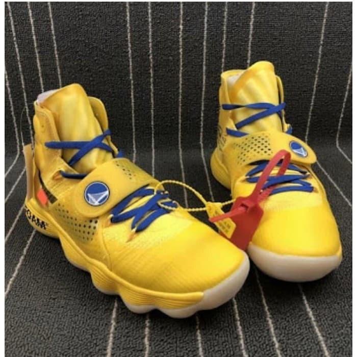 a64bed3d48d Jual Nike Hyperdunk 2017 Premium BNIB   Sepatu Olahraga Sepatu ...