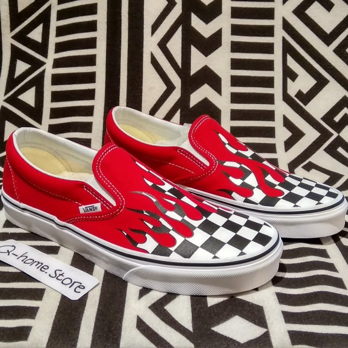 560d8de211 Jual vans slip- on checkerboard flames original 100% - Qhome store ...