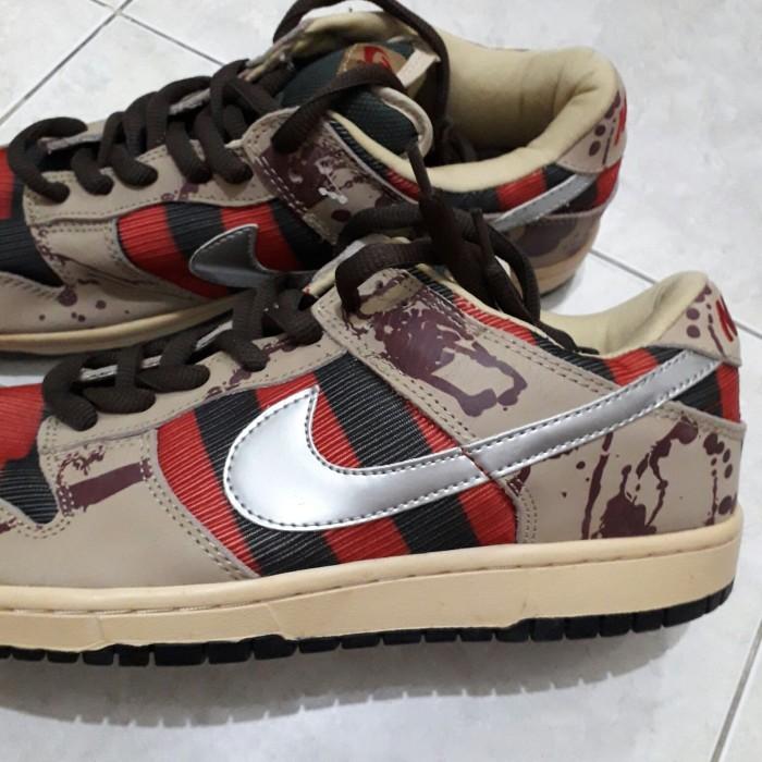 58abb9730988 Jual Nike SB Dunk Low Pro Sb Freddy Krueger - Kab. Sukoharjo ...