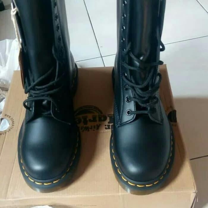Jual Sepatu Boots Dr Martens Ori 10 Eyelets Kota Kediri