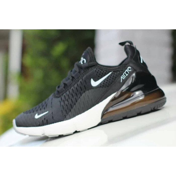 release date ab18a edbc4 Sepatu Nike Air Max 270 Made in Vietnam Black   White