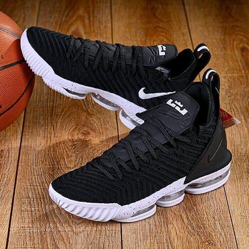 d3b195f36aa Jual Sepatu Nike Lebron 16 Black White - DKI Jakarta - MAFIA ...