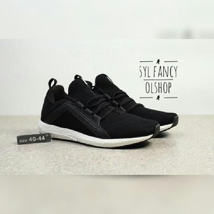 best sneakers 2c34c f9e84 Jual Sepatu Puma Ignite Limitless Boots Black Oreo Mesh Knit Men Sport Shoe  - Jakarta Barat - syl fancy olshop | Tokopedia